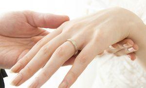 モデルのkarunaと薮田和樹が結婚!カルナは妊娠?仕事はどうなる?
